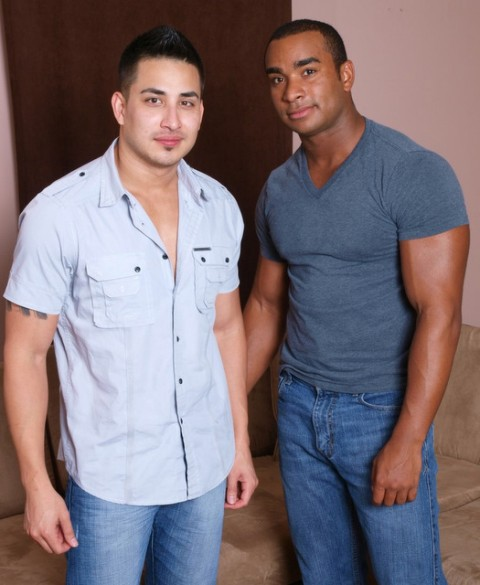 Hot Muscular Buddies Hunter & Evin