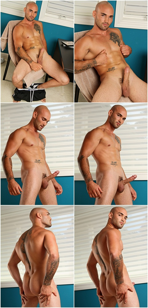 Chiseled Hottie Bobby's Intensified JO Session