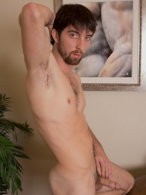 Southern Strokes Jeremy Fingers His Fuck Hole